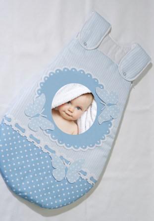 gigoteuse bleue avec photo